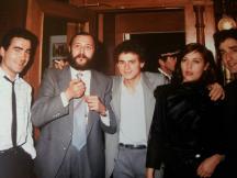 """Valentín Paredes con Eloy de la Iglesia, José Luis Manzano, Laly Espinet y Jaume Valls en el estreno de """"El Pico 2"""" 1984"""