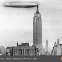 Dirigible en el Empire State Building