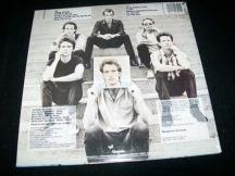 La contraportada del album de 1982 Picture This de Huey Lewis and the News