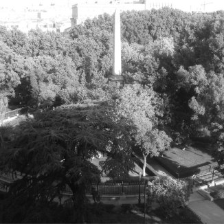 Jardín circular Obelisco