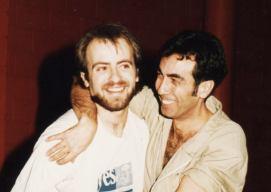 Juhan Dresán junto a Javier Garcimartín, director de la escuela de teatro y de la obra BODAS DE SANGRE. donde interpretó a Leonardo