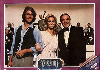 Olivia Newton-John, Michael Beck y Gene Kelly