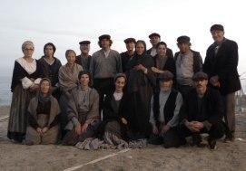 Parte del grupo de los figurantes que estuvimos ese día en el rodajeClica para ampliar
