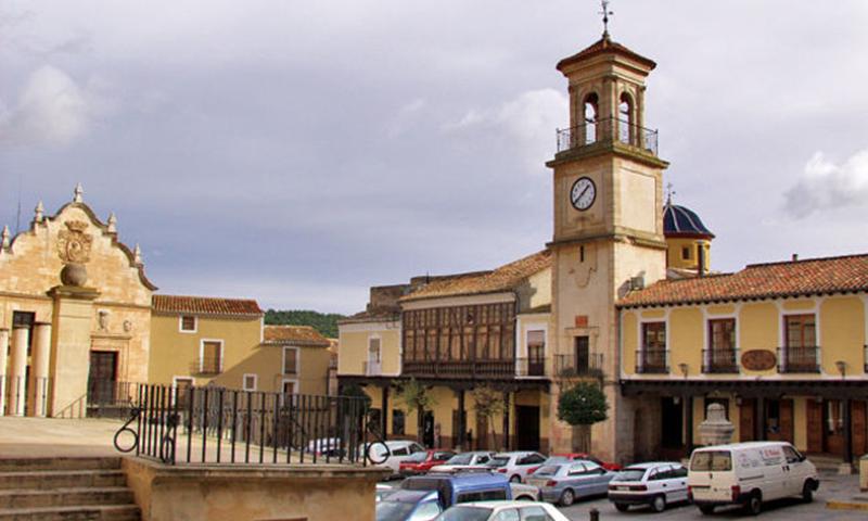 Plaza Mayor de ChinchillaClica para ampliar