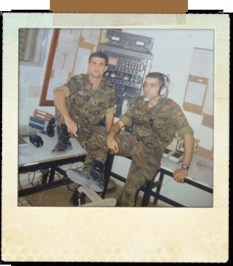 Como Cabo de guardia en la Unidad de Telecos junto a uno de los soldados de guardia en ese momento, lo siento, no recuerdo su nombre