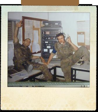 Como Cabo de guardia en la Unidad de Telecos junto a uno de los soldados de guardia en ese momento, lo siento, no recuerdo su nombre.